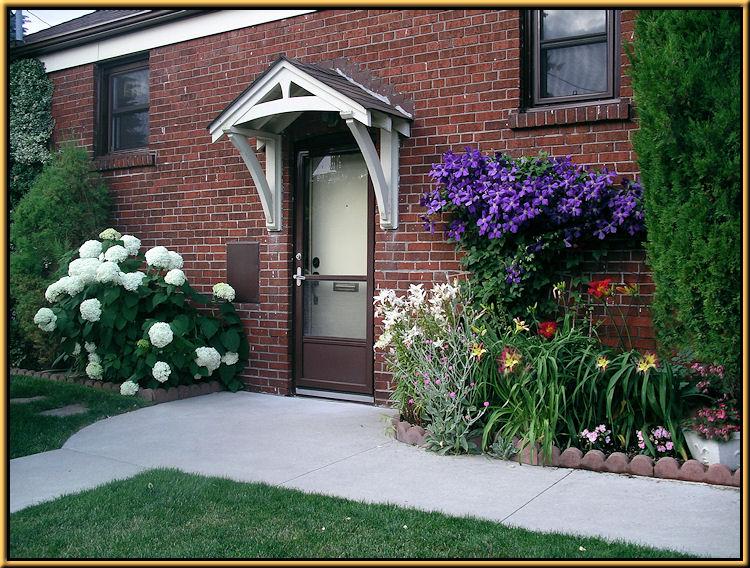 Lilies, Hydrangeas, Clematis, Daylily, Rose Campions Lychnis coronario